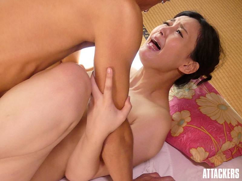 ATID-332 Studio Attackers - A Secret Affair I'm With My Boss At An Inn While On A Business Trip... Toko Namiki big image 5