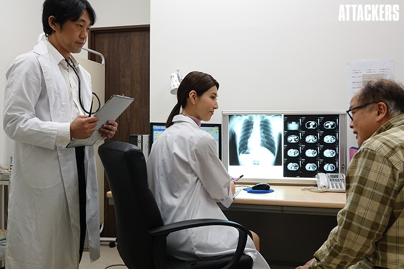 内科医 長谷川秋子 凌辱のカルテ 年下医師の抑えきれない衝動のサンプル画像