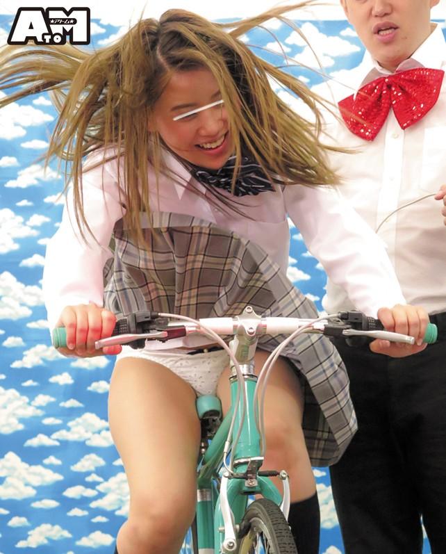パンチラ連発!素人限定!発電自転車ゲーム 17枚目