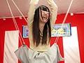 お顔隠してパンティー丸見え!素人限定!スカート巾着クイズタイムショック2のサムネイル