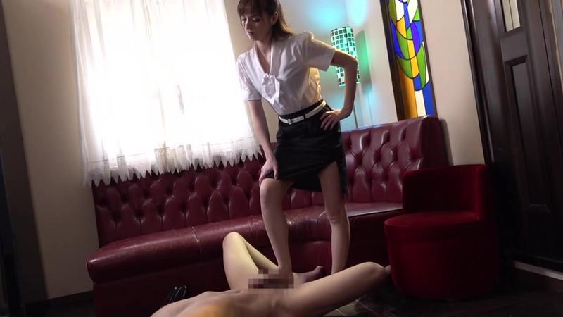 カリナ女王様のM男調教 西田カリナ 13枚目