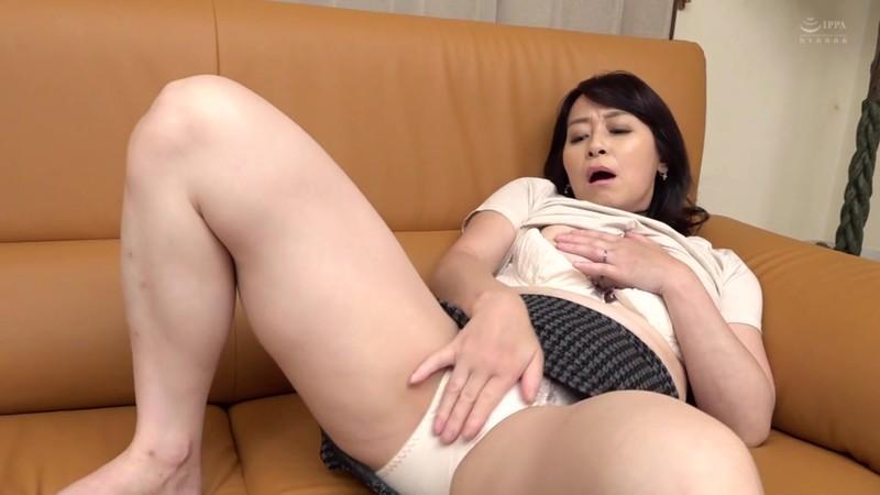 五十路で変態な友達のお母さん 矢田紀子 4枚目