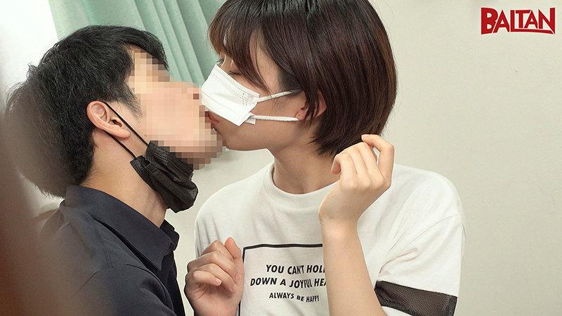 旅館で仲居さんをしている元気で明るいなっちゃん20歳 マスク着用限定AVデビュー! キャプチャー画像 3枚目