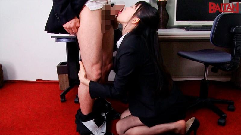 性処理課のすみれさんは、豊満尻で情痴を誘う。 黒川すみれ 16枚目