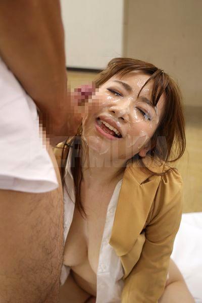 恥辱の教室 隷属女教師 大浦真奈美 13枚目