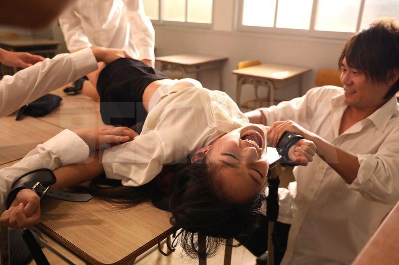 教育実習生飼育 恥辱の教室 渚みつき 11枚目