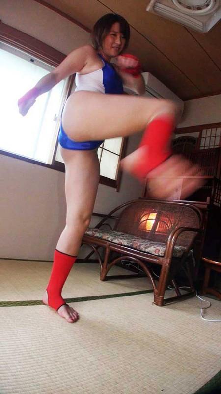 空手女子巨乳インストラクター 芦原亮子2
