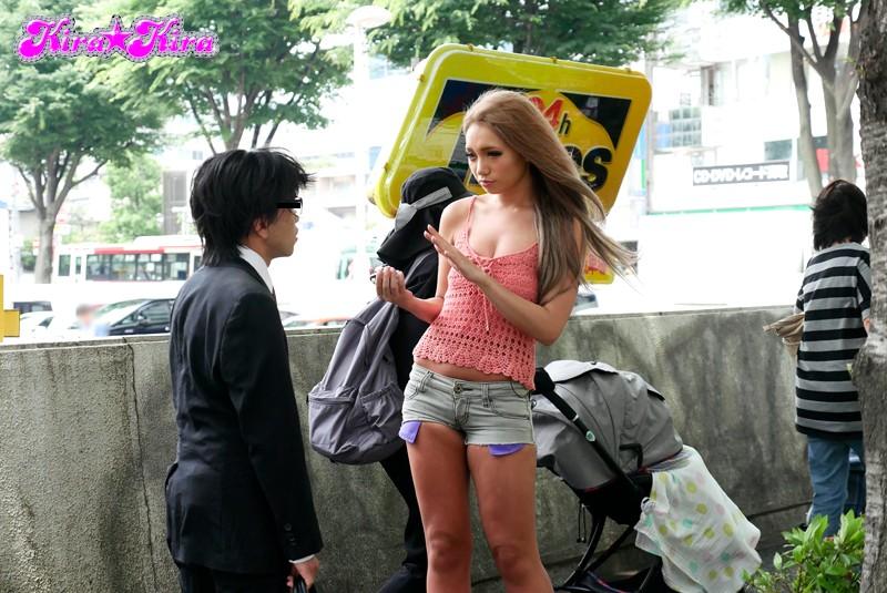 【ARISAM男】巨乳のお姉さん黒ギャル、ARISAの腰ふり正常位逆ナンプレイがエロい!エロい乳してます!