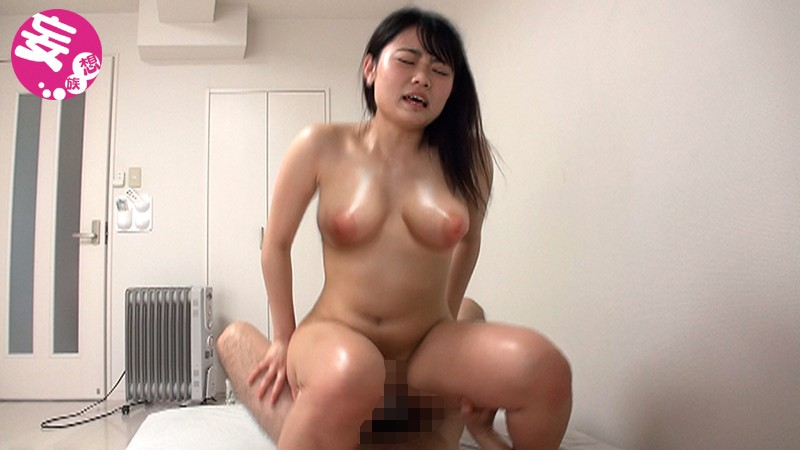 BLOR-120 Studio Broccoli / Mousouzoku - A Voluptuous, Busty Girl Who Works At A Gym. She's Always Smiling And She's The Face Of The Gym. She Gets Fucked With A Big Dick And Orgasms For Real! big image 4