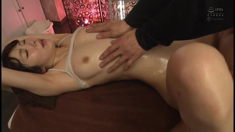 痙攣する膣奥に大量射精! 射精直前の追撃ピストン中出しBEST14