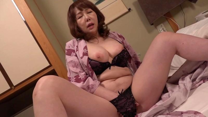 女ひとり旅 童貞狩り 真田紗也子 画像14