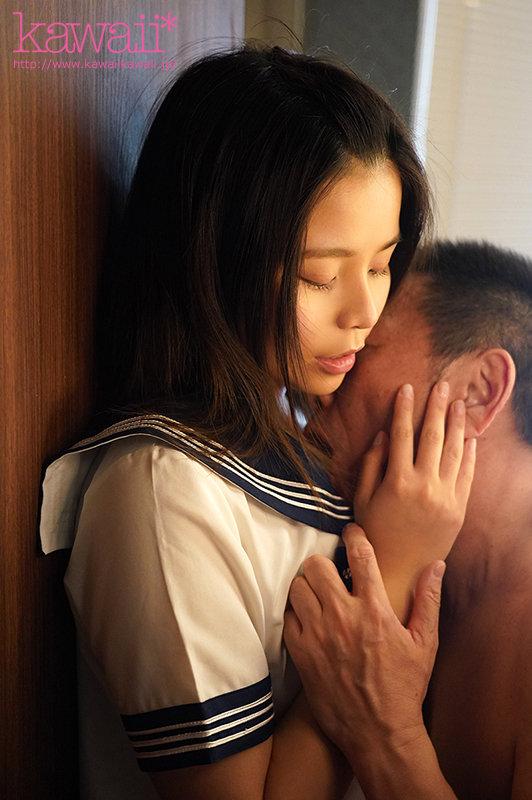 担任の先生はお父さんよりも年上なのに… 生徒のからかい誘惑を真に受けて、朝までセックスして中出しした放課後。 瀬名リリイ4