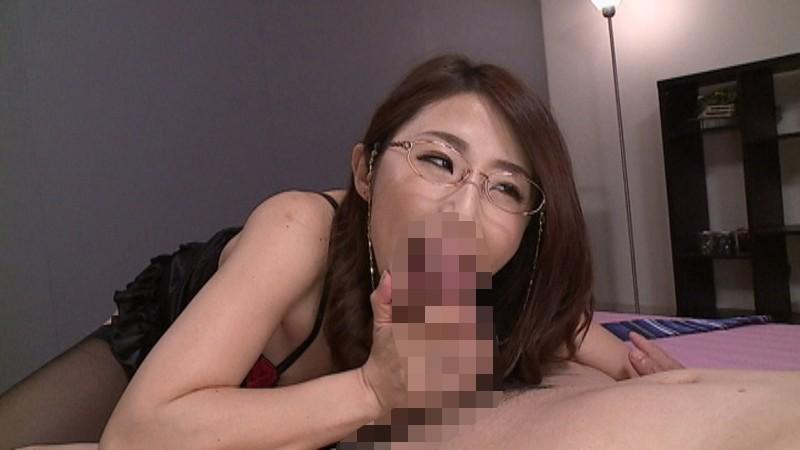僕のママはインテリ痴女 篠田あゆみ 画像11