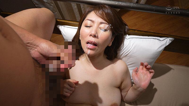 夜這いで感じる女!2 翔田千里 ~レジェンド熟女が魅せる淫乱すぎる夜這いSEX!