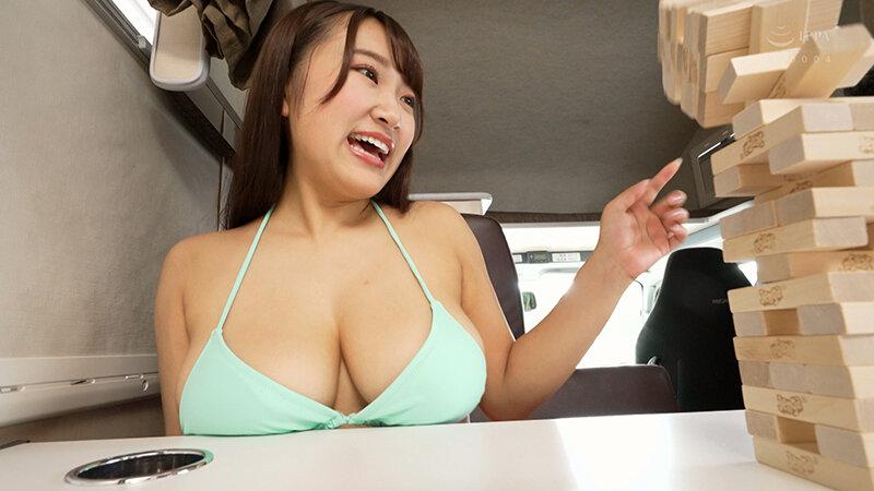 キャンピングカーでエッチしようよ! 姫咲はな ~非日常空間で揺れまくるJカップ爆乳と濃厚SEX!