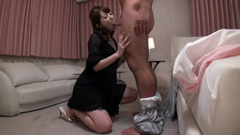 ディープキスでヨガる有閑夫人 絡み合う卑猥な舌と愛液溢れるベロキス接吻セックス 波多野結衣 12枚目