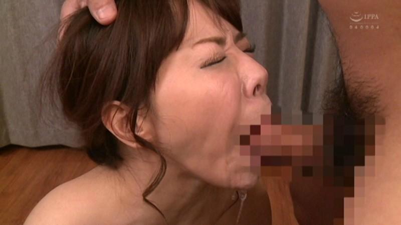 お漏らし熟女の汗とヨダレとオマ○コSEX 水沢かおり キャプチャー画像 13枚目
