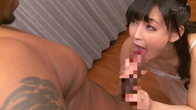 CESD-779 Studio Celeb no Tomo - Her First Black Man! B.B.P (Big Black Penis) A Mature Woman Is Driven Crazy By His Massive Cock. Toko Namiki big image 5