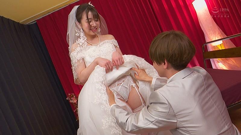 出世できないダメ男×No.1風俗嬢 愛し合うウエディング生中出しSEX6 大浦真奈美 14枚目