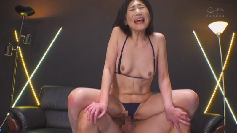 徳山翔子さん(48)は、夫公認でAV出演するSEX依存のスキモノ奥様 画像15