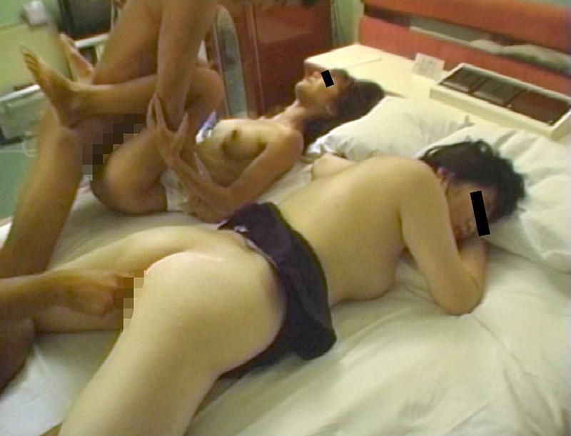 妻が娘が孕まされた絆の近親相姦大乱交 2