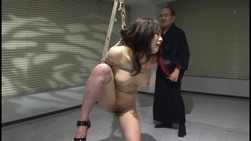 咽び泣く妖艶熟女たちの鞭打ち調教ベスト5