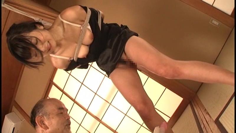 ふしだらな黒衣の女 マゾ牝未亡人の憂鬱 大槻ひびき 8枚目