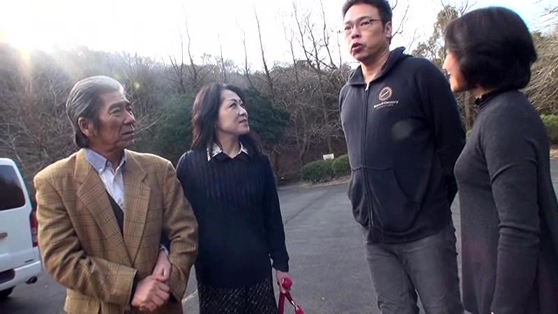 60歳から始まる静かで熱いSEX 真山知子 1枚目