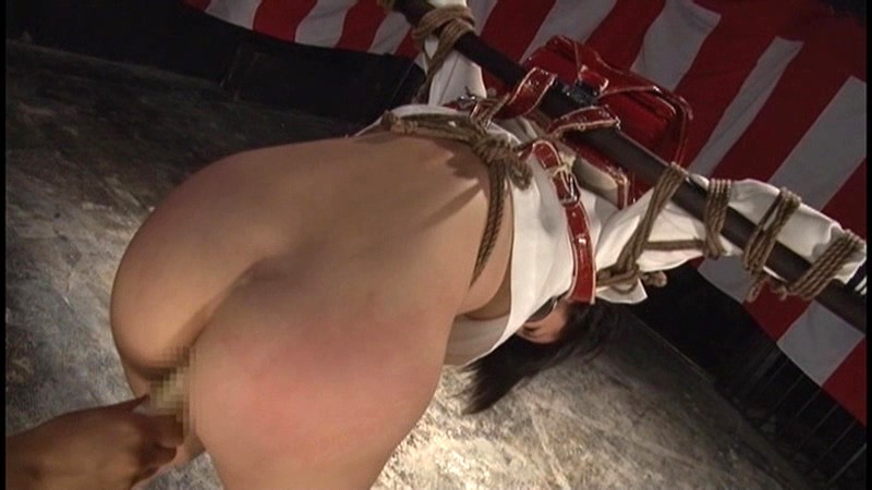 新米オムツ女教師 くいこみ股間しごき奴● 小泉まり 画像6