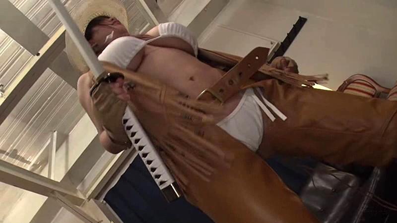 魔乳女戦士 乳房圧搾残虐刑 優月まりな1