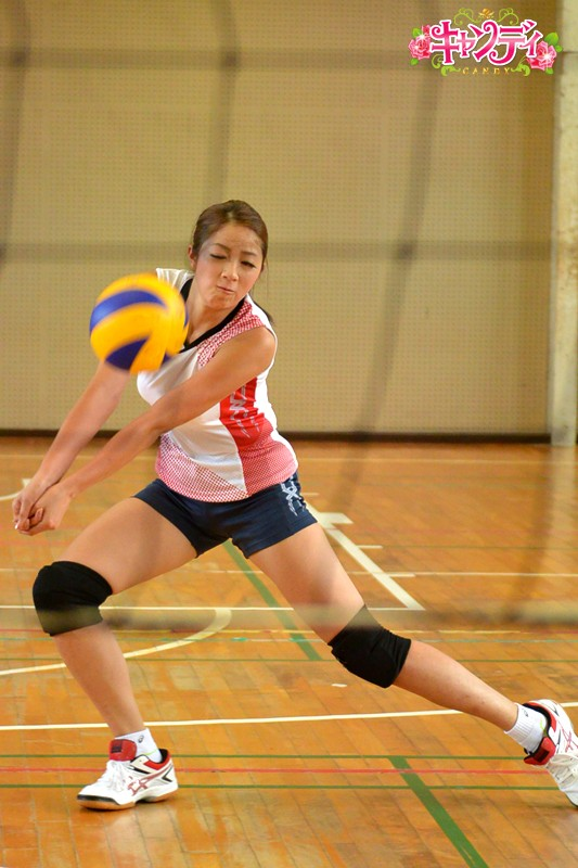 身長178cm 国体出場現役女子大生バレーボール選手 AVデビュー 希望れいな 画像1