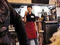 働く姿が愛くるしい。カタコトの女子店員。リン22歳