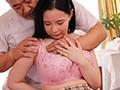 施術と称して胸を揉みし抱く。変態整体師の超乳リンパマッサージ。 吉根ゆりあ  サンプル画像 7