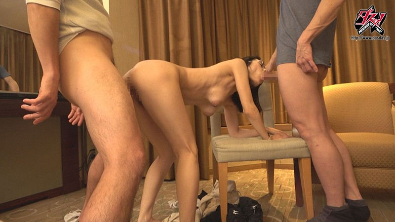DASD-847 The Face Of A Model, But The Kinks Of A Total Slut - A Single Mother's Mature Nipples Tease