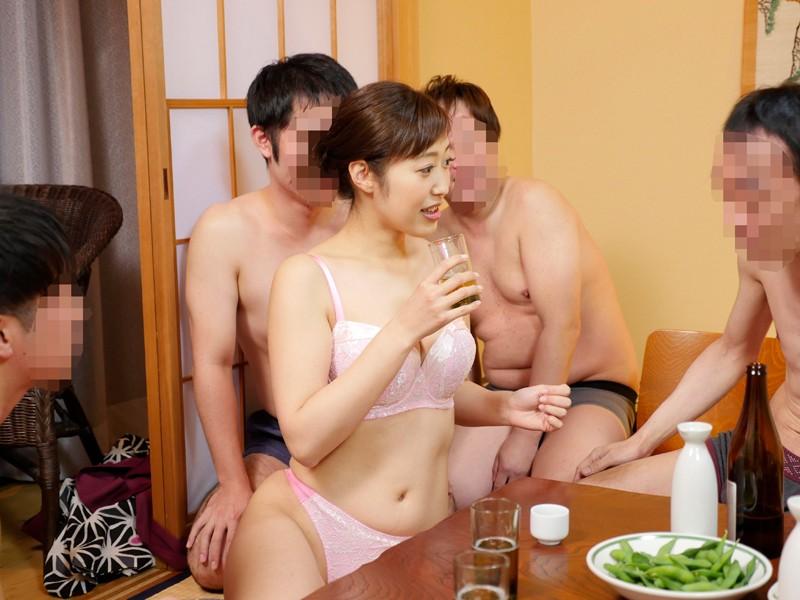 栃木県の山奥にある人気の温泉宿に「水野朝陽」が潜入!魅惑の美乳とテクニックで宿泊中の男性客の特濃ザーメンを何発搾り取れるのか!? キャプチャー画像 1枚目