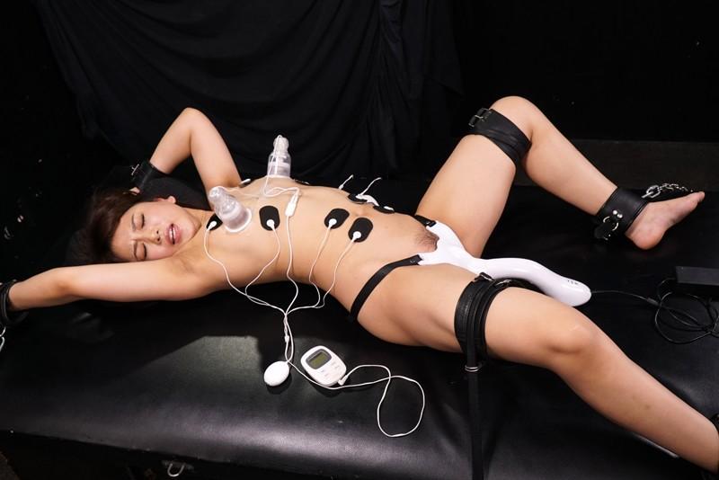 -完全撮り下ろし絶頂回廊処刑記録- 女体侵食エイリアン!!電流が全身を駆け巡る中、乳首と栗と秘壺を攻撃する悪魔の残酷装置