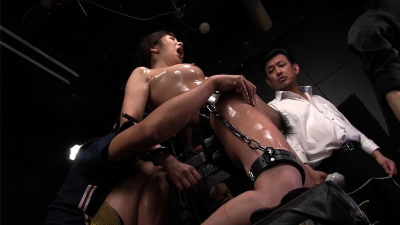 断末魔の女体は奈落に沈む 轟沈鉄枷地獄 EPISODE-06:ついに拿捕された女幹部、人生最悪の拷虐昇天に哭く 一条綺美香 15枚目