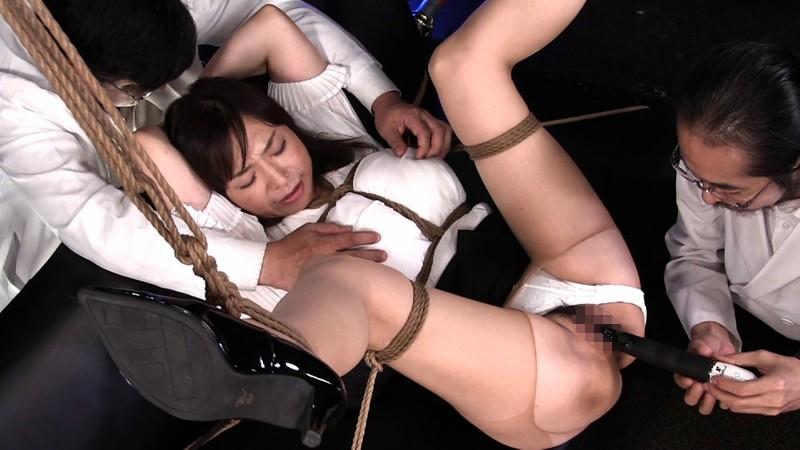 超熟肉淫狂拷辱 episode-1:女理事の壮絶なる催淫爆乱 時田こずえ 3枚目
