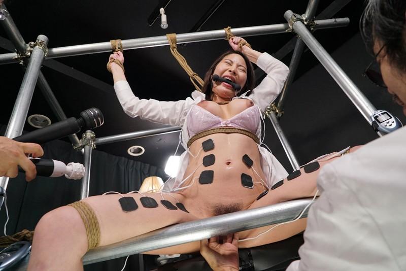 女体発狂痙攣クラゲ・爆天 秘奥まで蹂躙される人体実験に哭く女刑事 本多かおり 9枚目