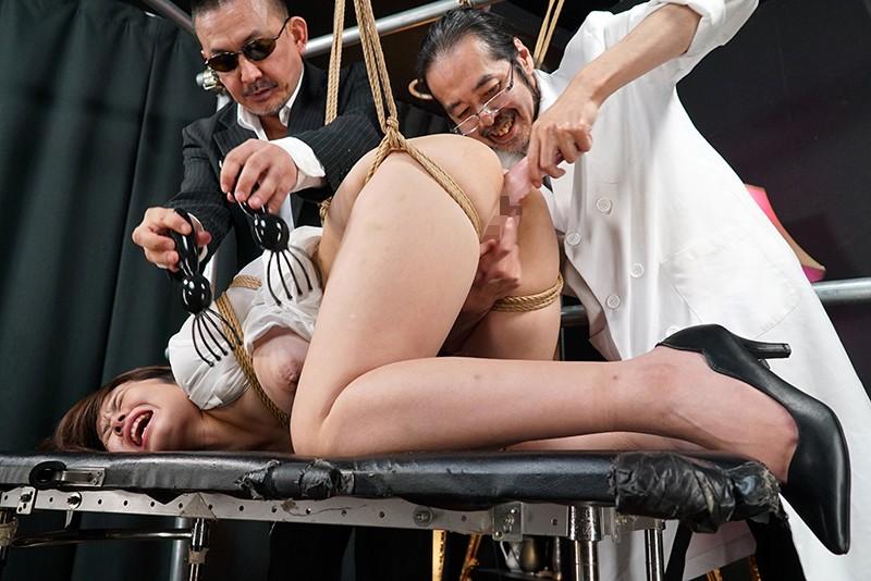 生贄の女 第二話:犠牲処刑の聖なる女教師 淫唇嬲り極限絶頂の咆哮 赤瀬尚子のサンプル画像