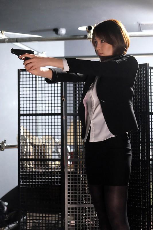 BeAST 狂辱の麻薬捜査官 Case-001:藤堂麗奈の場合 蓮獄の猛火に包まれる女体の凄惨 高槻れい 4枚目
