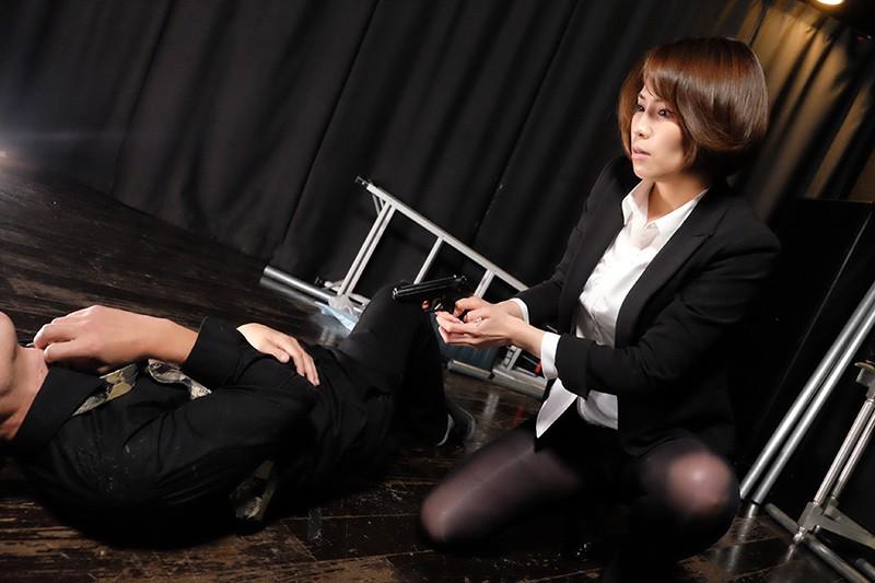 BeAST 狂辱の麻薬捜査官 Case-001:藤堂麗奈の場合 蓮獄の猛火に包まれる女体の凄惨 高槻れい 6枚目