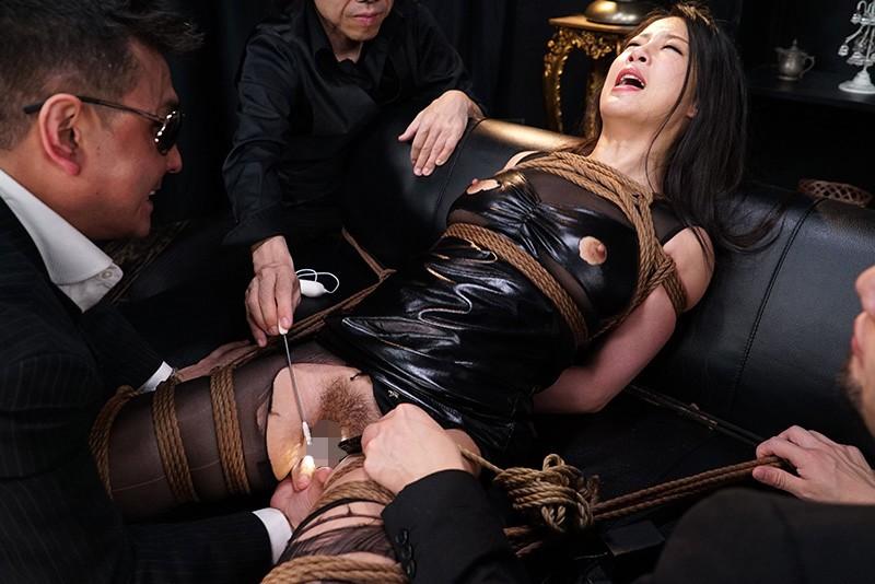 ドSな女の完堕ち計画 Episode-1 バッキバキの女王様なSPY、夜桜めぐみ 鈴木さとみ 10枚目