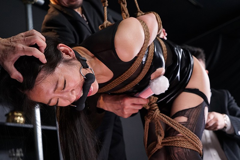 ドSな女の完堕ち計画 Episode-1 バッキバキの女王様なSPY、夜桜めぐみ 鈴木さとみ 13枚目