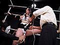 獣に取り囲まれて足を吊るされ局部を丸出しにされ 寸止めを繰り返され悲鳴をあげる絶体絶命の女たち 立体昇天拷問BEST 狂暴女体の絶望2