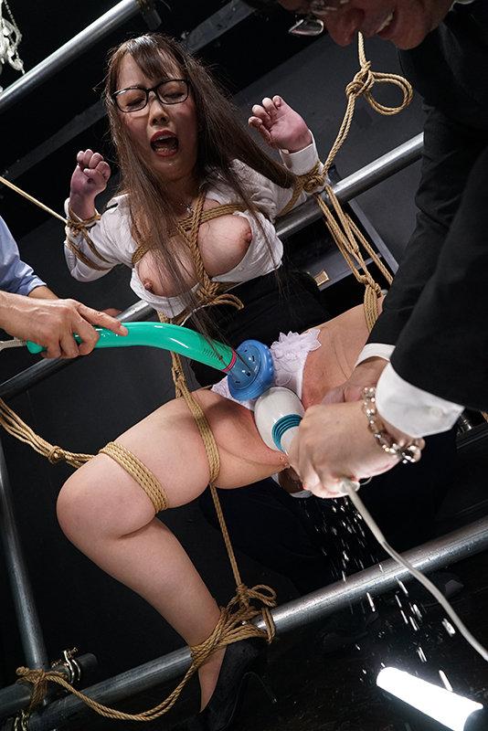 聖女肉達磨 ~この世で最も残酷な昇天~ EPISODE-1 男を見下す某TV局女性編成部長の発狂 玉木くるみ キャプチャー画像 5枚目