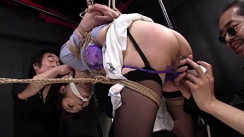 巨乳でランジェリー姿の美少女素人の、素股膣内射精中出し無料動画。【緊縛動画】