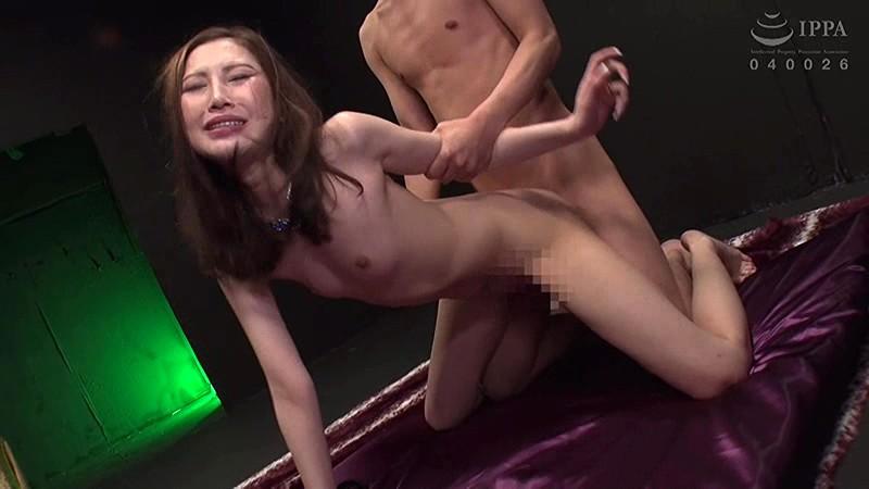 軟体ツルペタビッチ妻柔軟なカラダで男を喰いまくる超性欲人妻 鈴木みか キャプチャー画像 15枚目