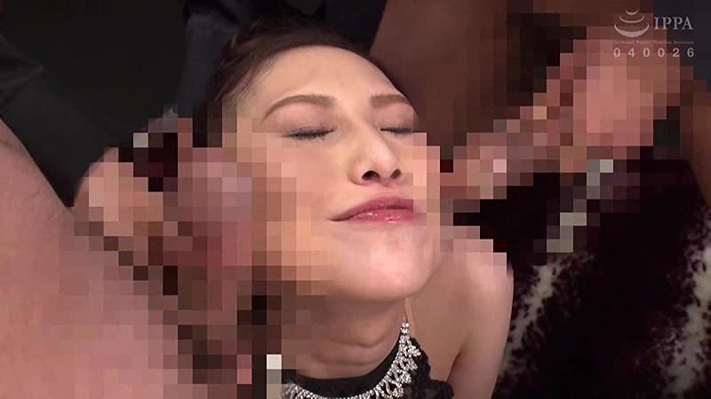 軟体ツルペタビッチ妻柔軟なカラダで男を喰いまくる超性欲人妻 鈴木みか キャプチャー画像 6枚目