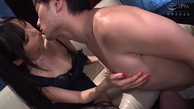 美尻ママvsデカマラ男 ママにオチ○ポ汁吸引させなさい! 黒川すみれ 4枚目